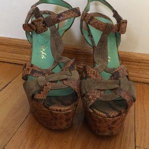 Ernesto Esposito python leather heels size 9